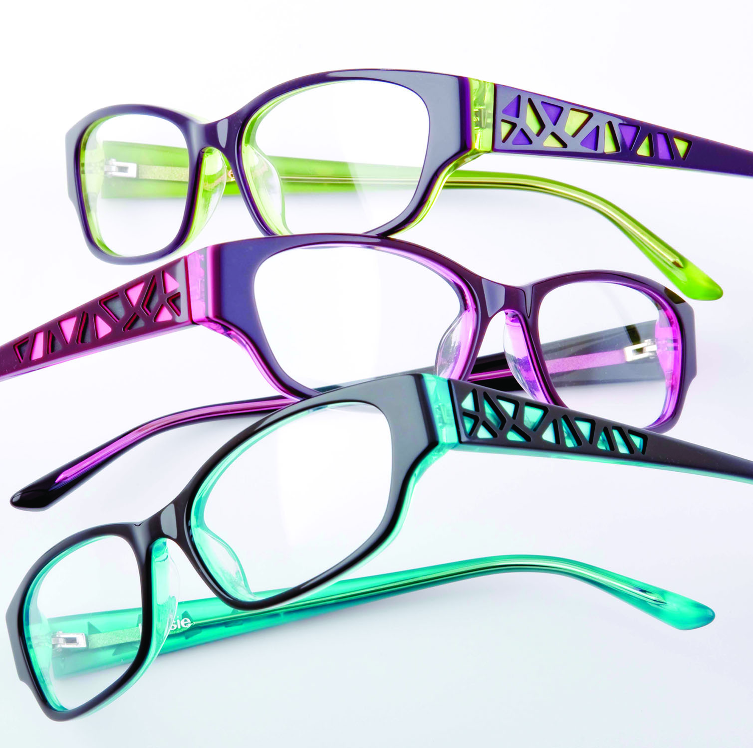Feel Pretty Wearing New Styles by Kensie – Eyecessorize